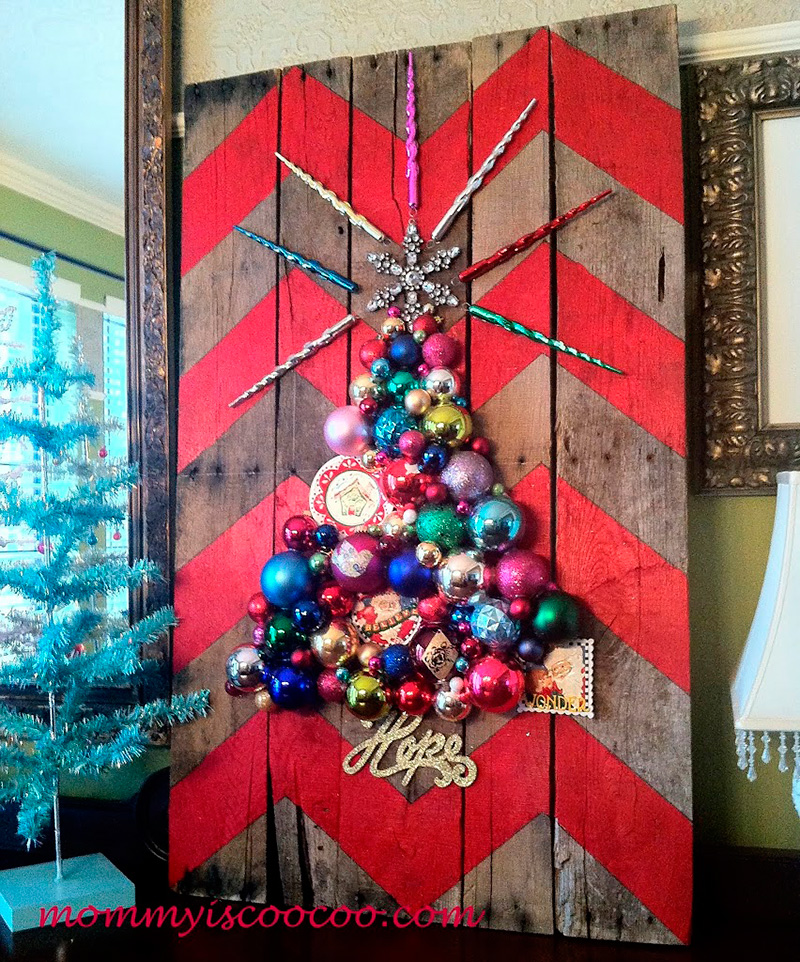 Hand Painted Garland And Lights Ornaments